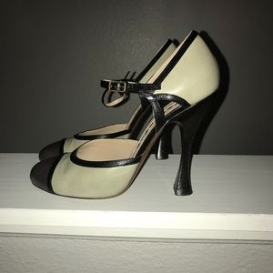 Mary Jane Rockabilly Rochas Heels size 8.5
